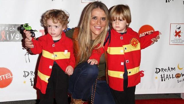 Brooke Mueller denuncia a Denise Richards por maltratar a sus hijos