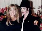 Debbie Rowe defiende a Michael Jackson de la demanda de Robson