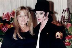 Debbie Rowe defiende a Michael Jackson de la demanda de Robson Debbie-rowe-600x399-250x166