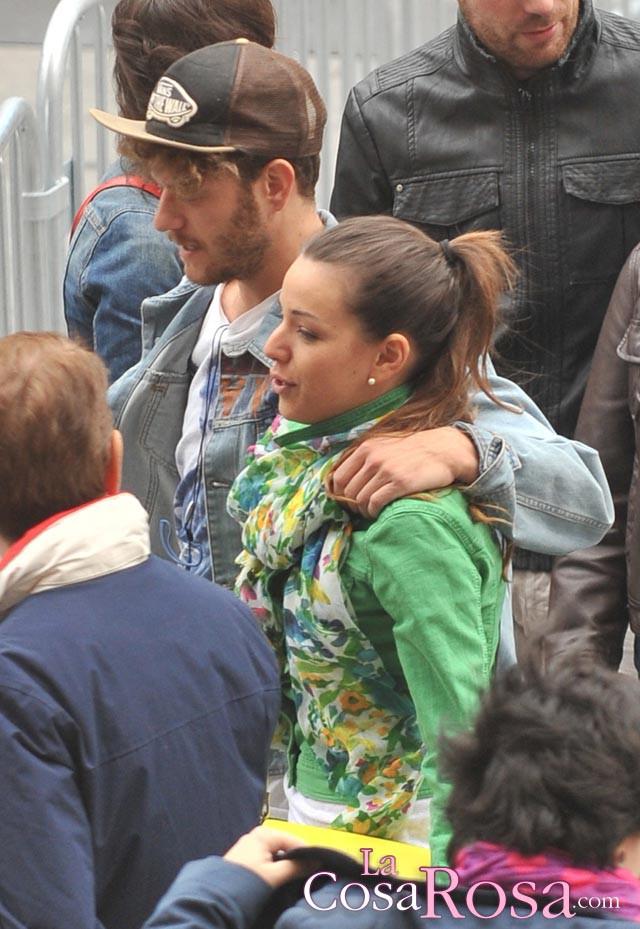 Sonia y Miriam de compras por Madrid
