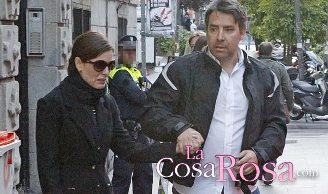 Raquel Sánchez Silva se pronuncia en Twitter sobre la muerte de su esposo