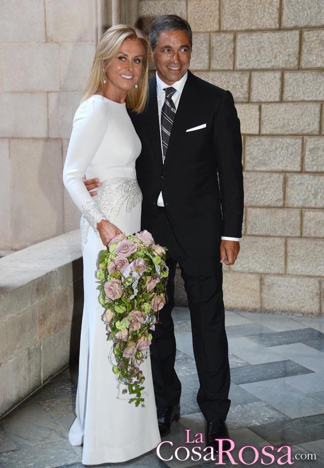 La diseñadora Rosa Clarà se casaba ayer en Barcelona