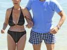La duquesa de Alba y Alfonso Díez se dejan fotografiar juntos en Ibiza
