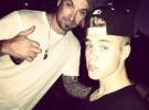 Justin Bieber vuela a Canadá para estar pendiente de la operación de su padre