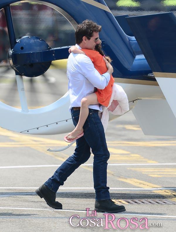 Tom Cruise niega tener abandonada a Suri