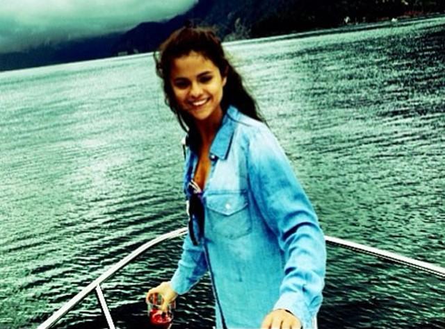 Selena Gomez rompe su silencio tras conocerse su ingreso en una centro de rehabilitación