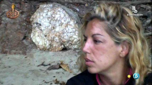 La cantante Rebeca, evacuada de Supervivientes 2014 por las picaduras de mosquito