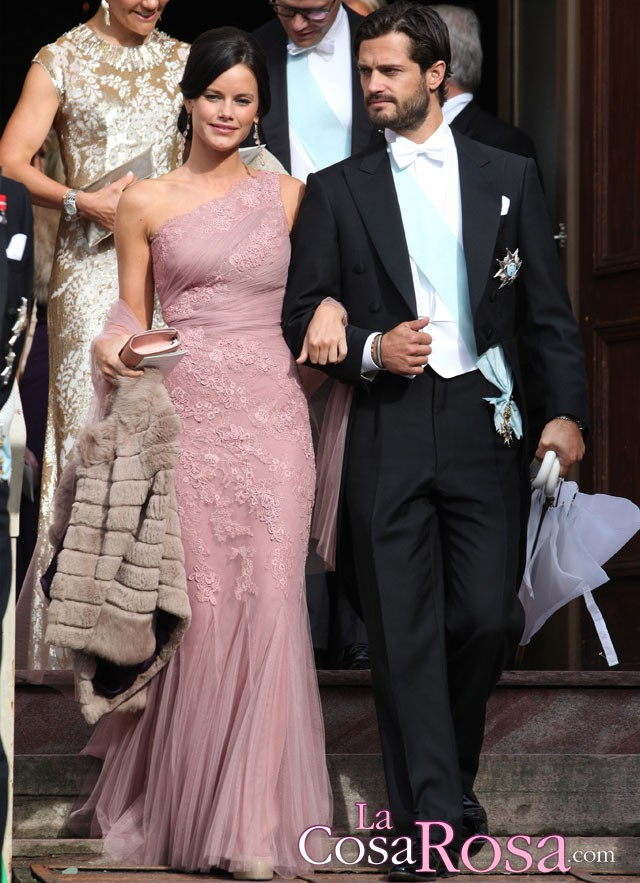 Carlos Felipe de Suecia se compromete con Sofia Hellqvist