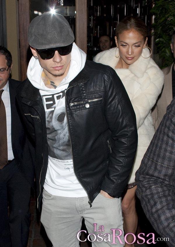 Casper Smart acude a recoger sus pertenencias y los regalos de Jennifer Lopez
