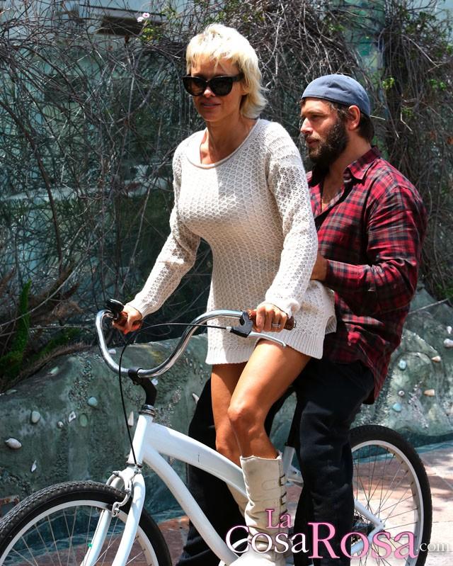 Pamela Anderson se divorcia de Rick Salomon por segunda vez