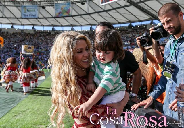 Shakira reina en Facebook con 100 millones de seguidores