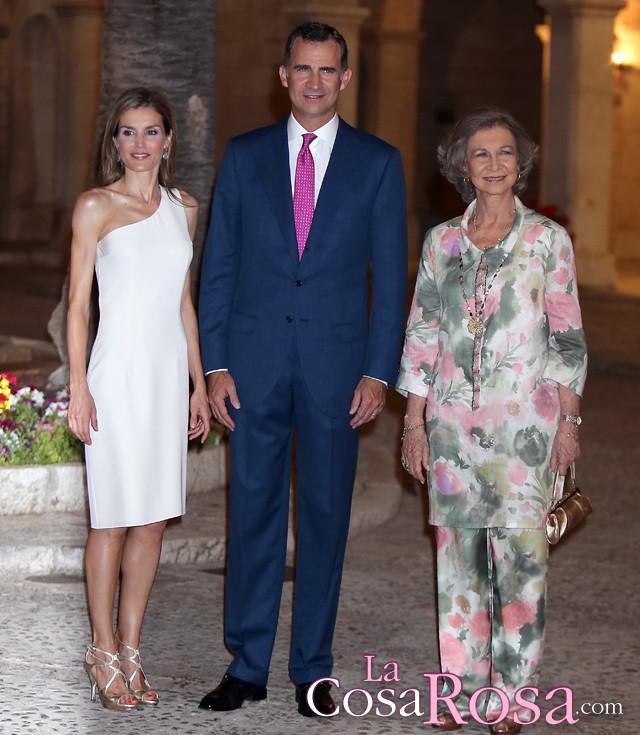 Los reyes de España, junto a doña Sofía, se presentan a la sociedad mallorquina