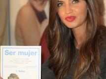 """Sara Carbonero presenta el libro """"Ser mujer"""" en su mejor momento"""