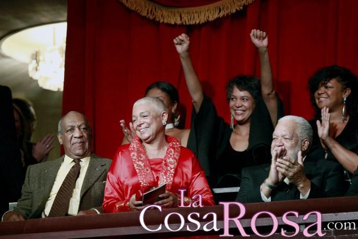 La esposa de Bill Cosby, Camille le defiende frente a las acusaciones de abusos