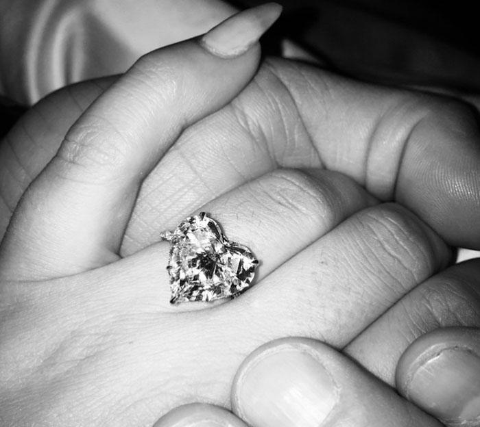 Lady Gaga y Taylor Kinney se comprometen el día de San Valentín