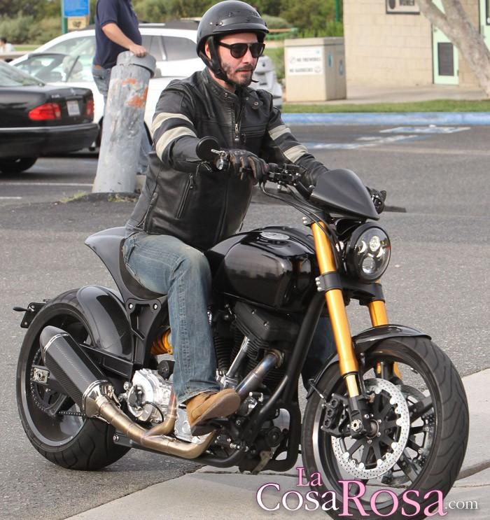 Famosos a los que las motos les vuelven locos
