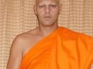 Frank Cuesta, el próximo mes estará en un templo budista