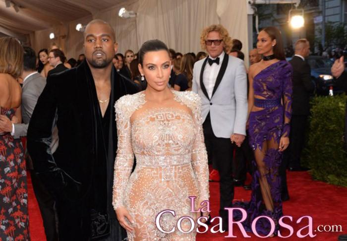 Kanye West vuelve a declarar su amor a Kim Kardashian
