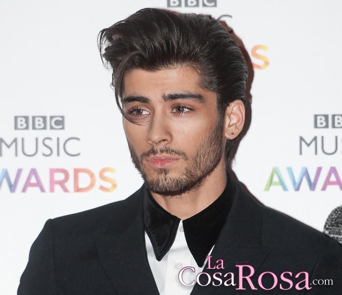Zayn Malik borra de su cuenta de Twitter todas las referencias a One Direction