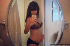 La mujer de Alec Baldwin muestra su figura dos días después de ser madre