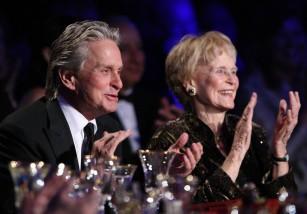 Diana Douglas, madre de Michael Douglas, fallece a los 92 años