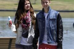 Selena Gomez pone a Justin Bieber y a su anillo de castidad en el pasado