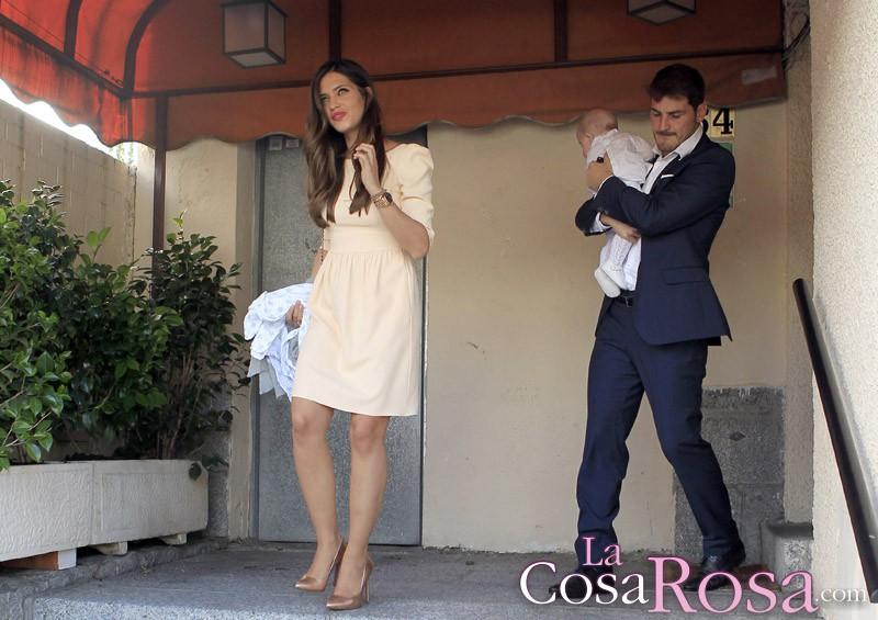Las amigas de Sara Carbonero cuentan sus inicios con Iker Casillas en Vanity Fair