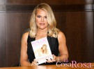 Khloe Kardashian: «Sería estúpido votar a Hillary Clinton sólo porque es una mujer»