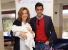 Beatriz Trapote y Víctor Janeiro presentan a su hijo Víctor