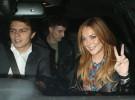 Lindsay Lohan abandona Londres en secreto y llevando su anillo de prometida