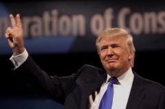 Donald Trump es acusado de violar a una adolescente