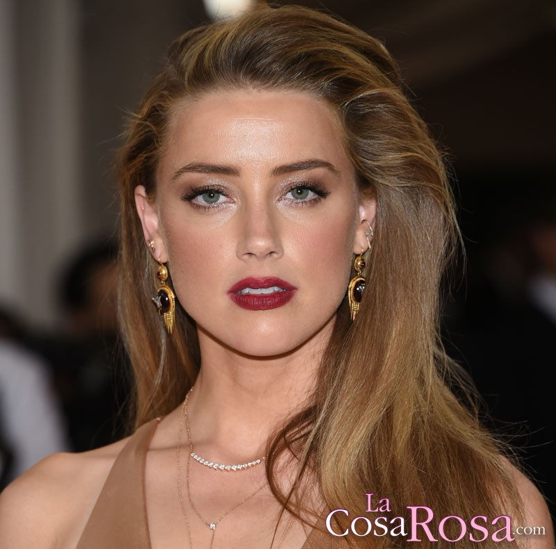 Amber Heard niega haber chantajeado a Johnny Depp
