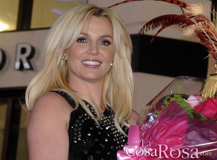 Britney Spears paga 130.000 dólares al año a su padre