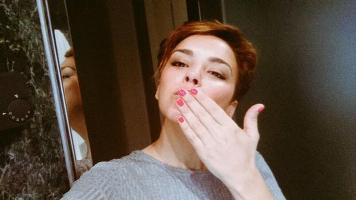 Chenoa se desnuda en Interviú a sus 40 años