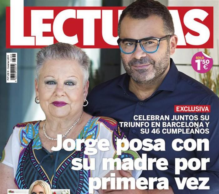 Jorge Javier Vázquez portada de Lecturas junto a su madre