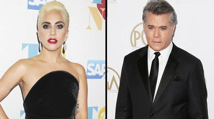 Lady Gaga cena con Ray Liotta tras su ruptura con Taylor Kinney