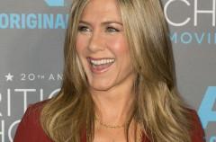 """Jennifer Aniston opina que el divorcio de Brangelina es """"puro karma"""""""