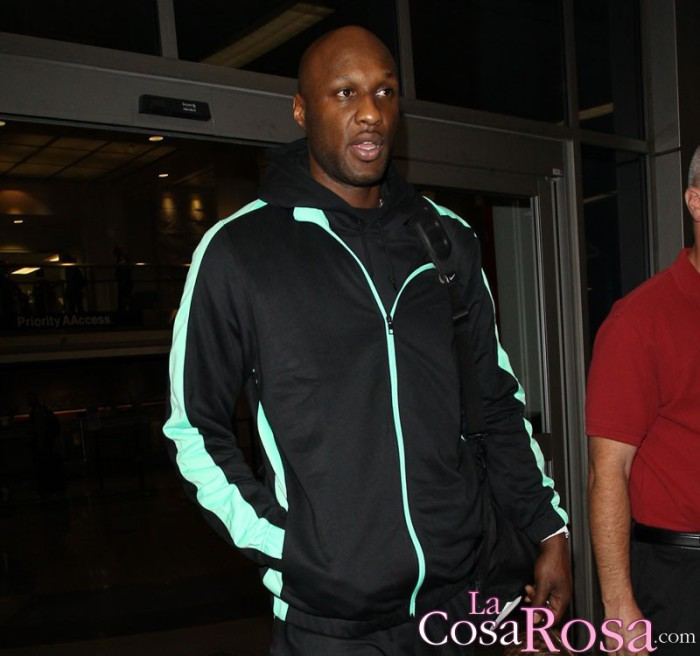 Khloe Kardashian está preocupada por las compañías de Lamar Odom