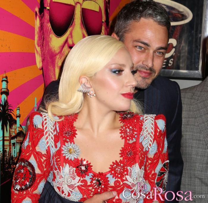 El exnovio de Lagy Gaga, Taylor Kinney, pasa página