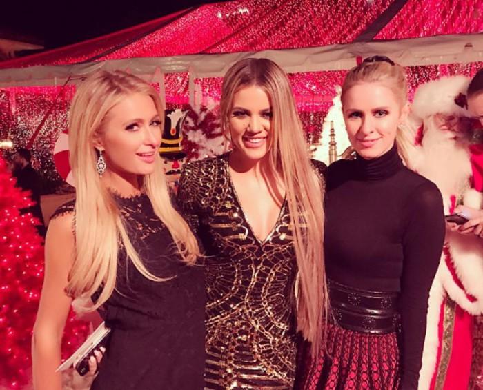 Paris Hilton invitada a la fiesta navideña de las Kardashian