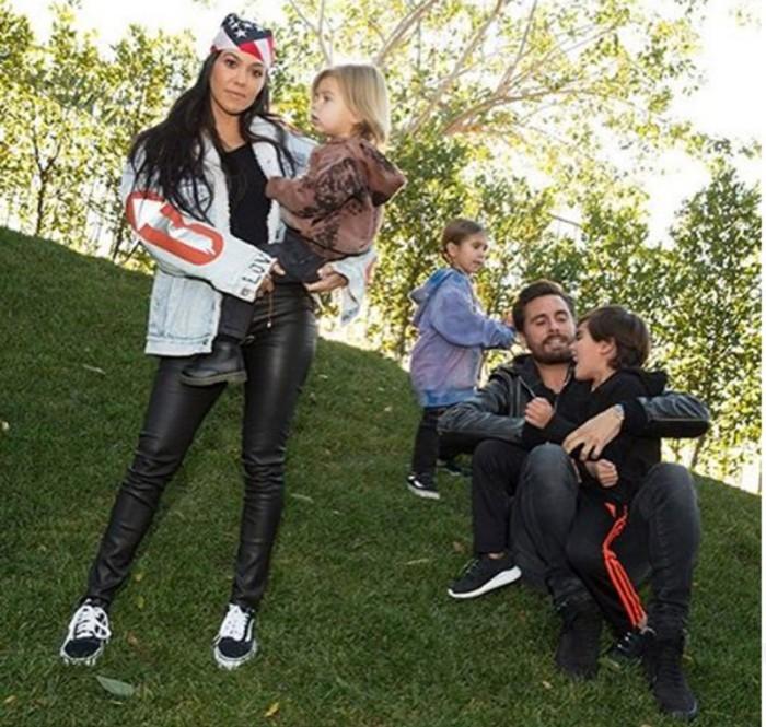 Kourtney Kardashian quiere que Scott Disick firme un acuerdo prematrimonial