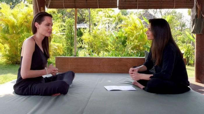 Angelina Jolie comenta su sorprendente ruptura con Brad Pitt