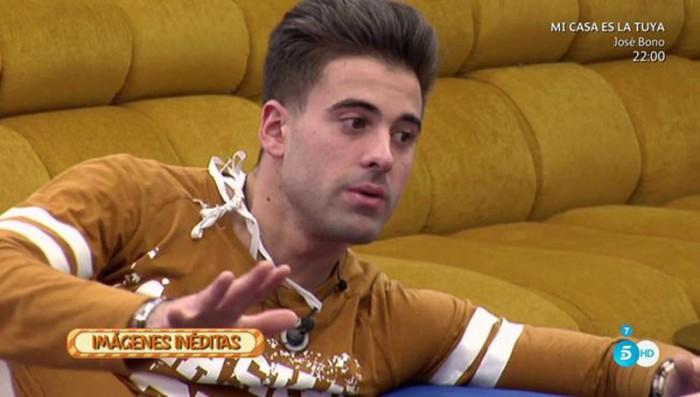 Sergio Ayala reflexiona sobre si besar o no a Ivonne Reyes