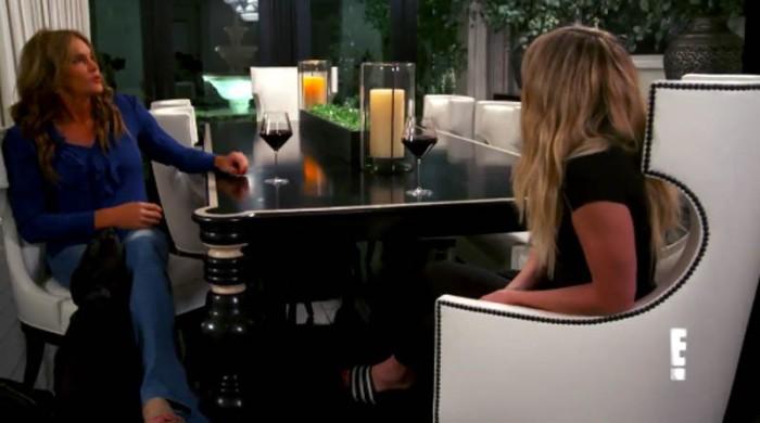 Khloe Kardashian confiesa a Caitlyn Jenner lo duro que fue perder a su segundo padre