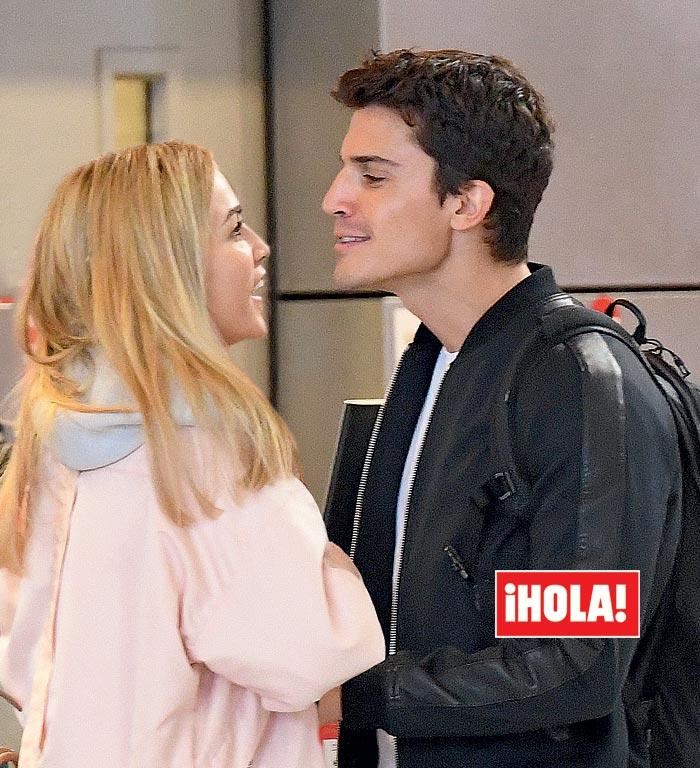 Álex González y la piloto Carmen Jordá salen juntos