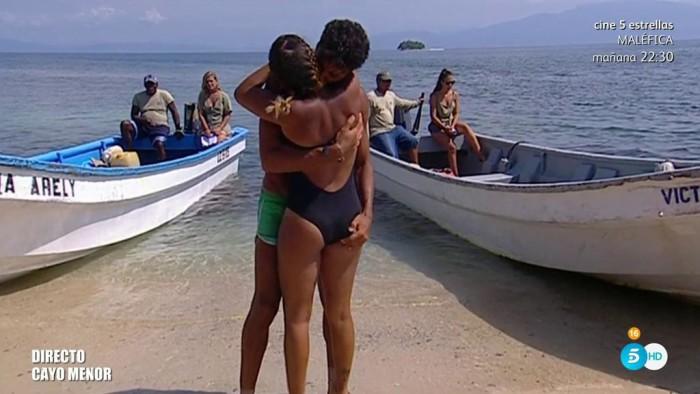 Gloria Camila se reencuentra con Kiko y recibe una llamada de Ortega Cano