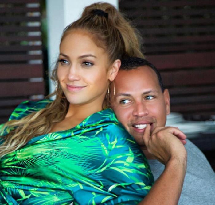 Alex Rodríguez y Jennifer Lopez siguen juntos a pesar de la indifelidad del deportista