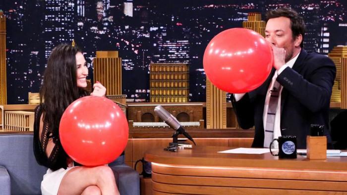 Demi Moore perdió sus dientes frontales por el estrés
