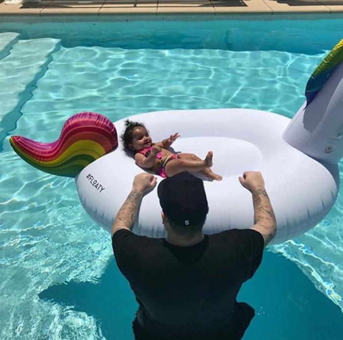 Rob Kardashian pasa el cuatro de julio con su hija Dream