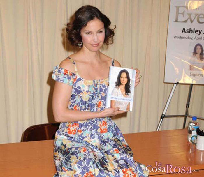 El productor Harvey Weinstein es acusado de abusos por Ashley Judd y Rose McGowan